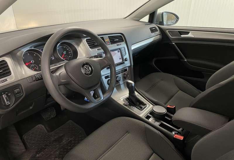 Cumpara Volkswagen Golf 2016 cu 86,761 kilometri   posibilitate leasing