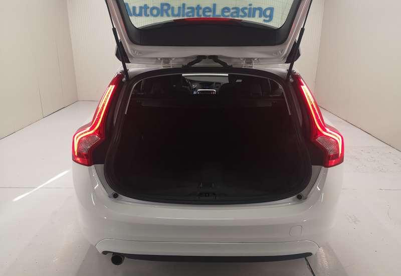 Cumpara Volvo V60 2015 cu 149,655 kilometrii   posibilitate leasing