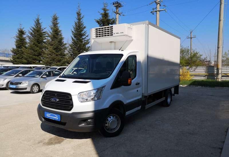 Cumpara Ford Transit 2014 cu 124,665 kilometri   posibilitate leasing