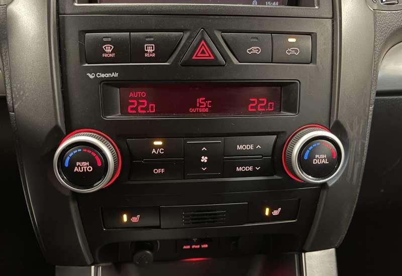 Cumpara BMW 530 2010 cu 75,000 kilometri   posibilitate leasing