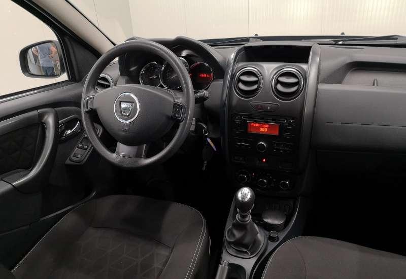 Cumpara Dacia Duster 2014 cu 115,351 kilometri  cu garantie 6 luni  posibilitate leasing