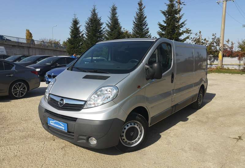 Cumpara Opel Vivaro 2013 cu 87,916 kilometri  cu garantie 6 luni  posibilitate leasing
