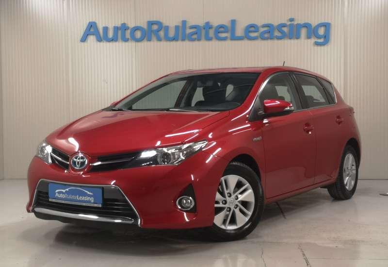 Cumpara Toyota Auris Hybrid 2013 cu 111,552 kilometri  cu garantie 6 luni  posibilitate leasing