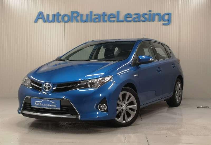Cumpara Toyota Auris Hybrid 2014 cu 133,894 kilometri  cu garantie 6 luni  posibilitate leasing