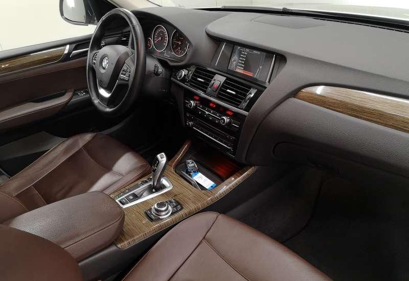 Cumpara BMW X3 2014 cu 115,957 kilometrii   posibilitate leasing