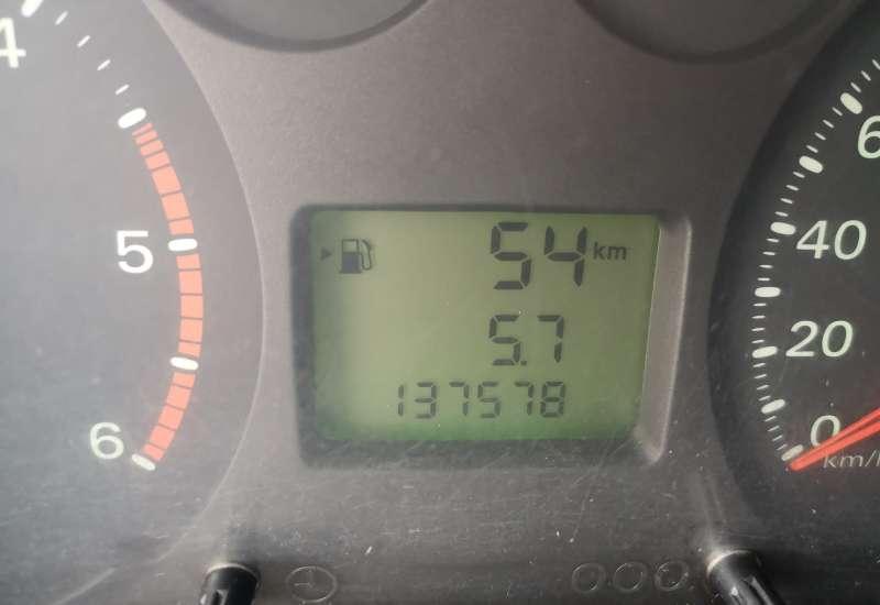 Cumpara Ford Transit 2011 cu 137,578 kilometrii   posibilitate leasing