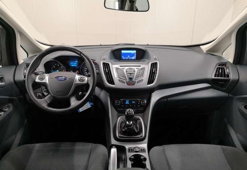 Cumpara Ford Grand C-Max 2015 cu 163,617 kilometrii   posibilitate leasing
