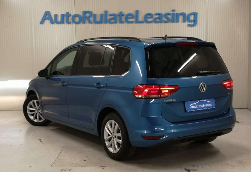 Cumpara Volkswagen Touran 2016 cu 141,470 kilometrii   posibilitate leasing
