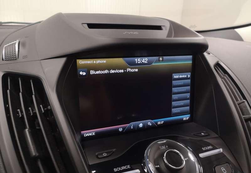 Cumpara Ford Kuga 2016 cu 136,983 kilometri   posibilitate leasing