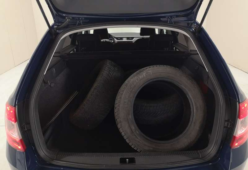 Cumpara Skoda Octavia 2013 cu 161,611 kilometrii   posibilitate leasing