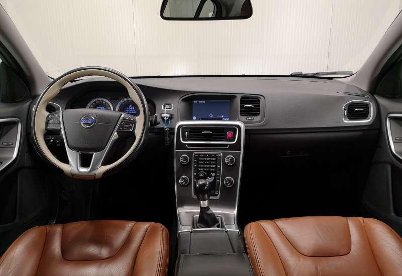Cumpara Volvo S60 2010 cu 183,579 kilometrii