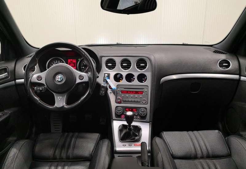 Cumpara Alfa Romeo 159 2008 cu 168,706 kilometrii  cu garantie 6 luni