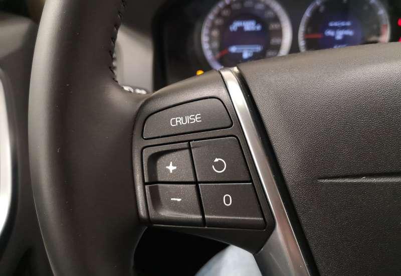 Cumpara Volvo XC60 2009 cu 201,609 kilometrii