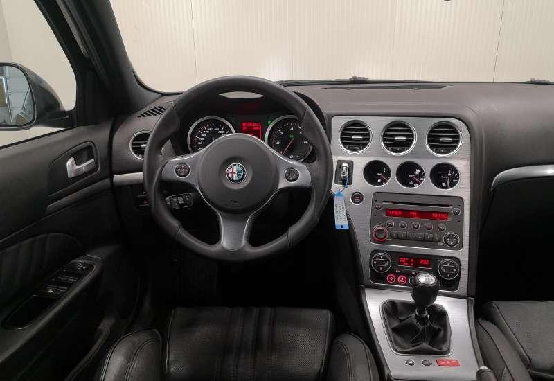 Cumpara Alfa Romeo 159 2010 cu 181,905 kilometrii