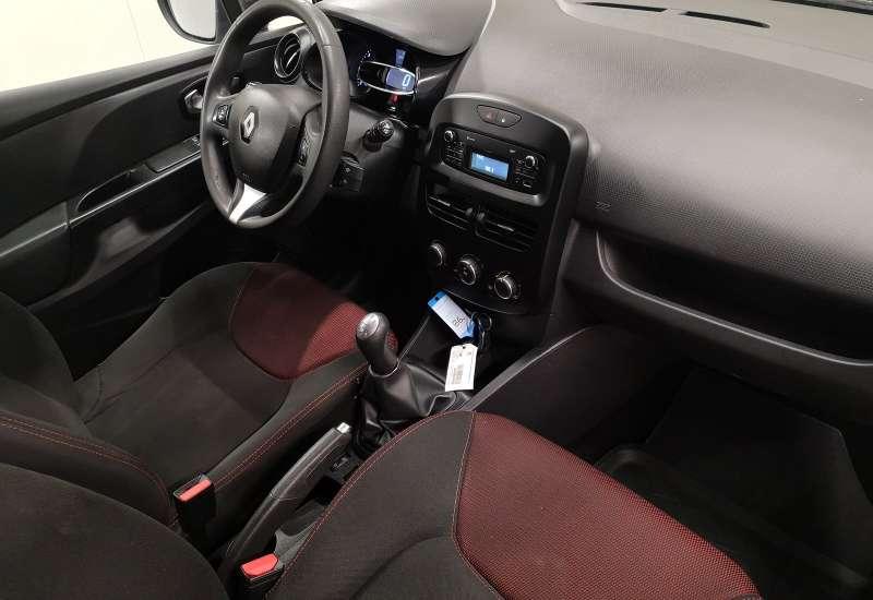Cumpara Renault Clio 2016 cu 107,955 kilometrii   posibilitate leasing