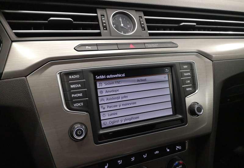 Cumpara Volkswagen Passat 2016 cu 109,919 kilometri   posibilitate leasing