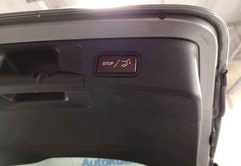 Cumpara Mercedes-Benz C220 2015 cu 210,035 kilometrii   posibilitate leasing