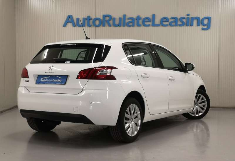 Cumpara Peugeot 308 2015 cu 112,112 kilometrii   posibilitate leasing