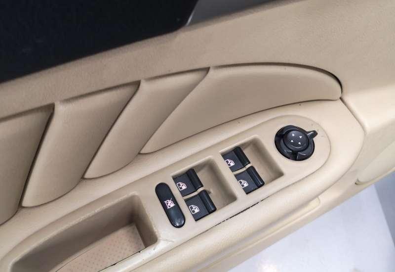 Cumpara Alfa Romeo 159 2008 cu 182,741 kilometrii  cu garantie 6 luni