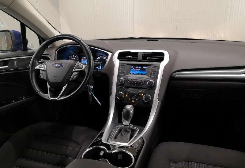 Cumpara Ford Mondeo 2016 cu 45,743 kilometrii   posibilitate leasing