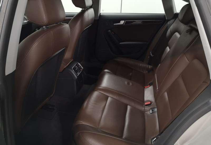 Cumpara Audi A5 2012 cu 175,006 kilometrii