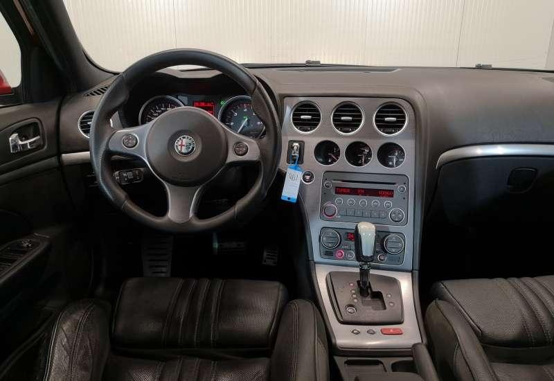Cumpara Alfa Romeo 159 2007 cu 213,112 kilometrii  cu garantie 6 luni