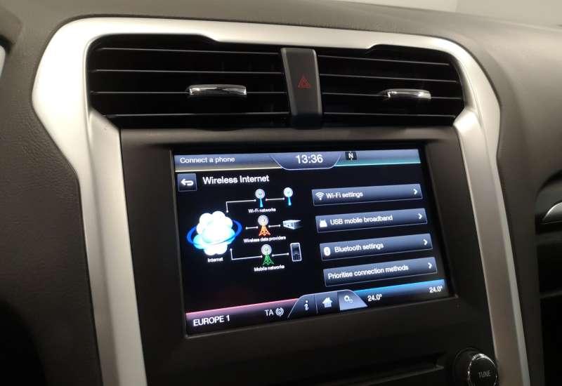 Cumpara Ford Mondeo 2016 cu 121,681 kilometrii   posibilitate leasing