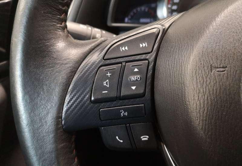 Cumpara Mazda 3 2015 cu 88,887 kilometrii   posibilitate leasing