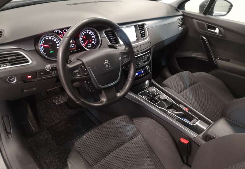 Cumpara Peugeot 508 2015 cu 125,273 kilometrii   posibilitate leasing