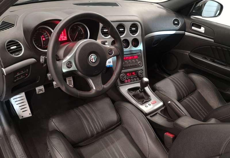 Cumpara Alfa Romeo 159 2008 cu 212,076 kilometri  cu garantie 6 luni