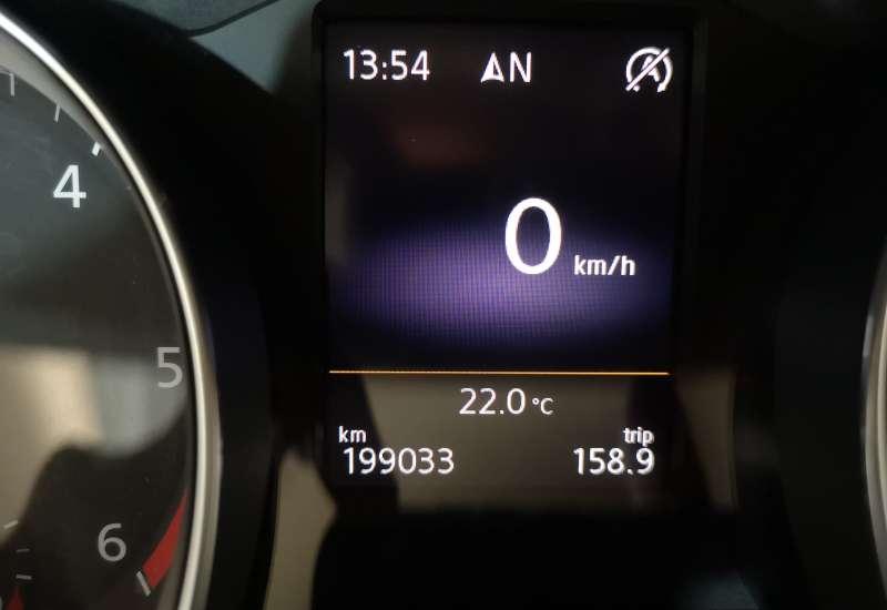 Cumpara Volkswagen Passat 2015 cu 199,033 kilometri   posibilitate leasing