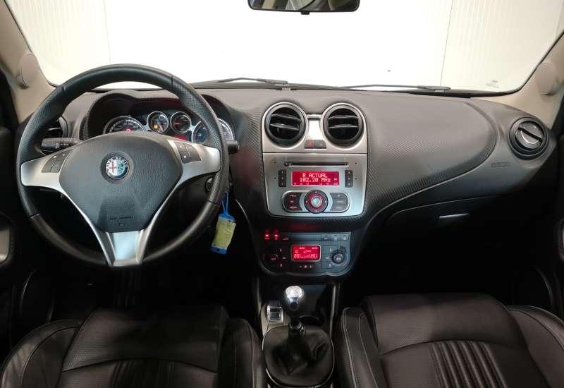 Cumpara Alfa Romeo Mito 2010 cu 63,553 kilometri